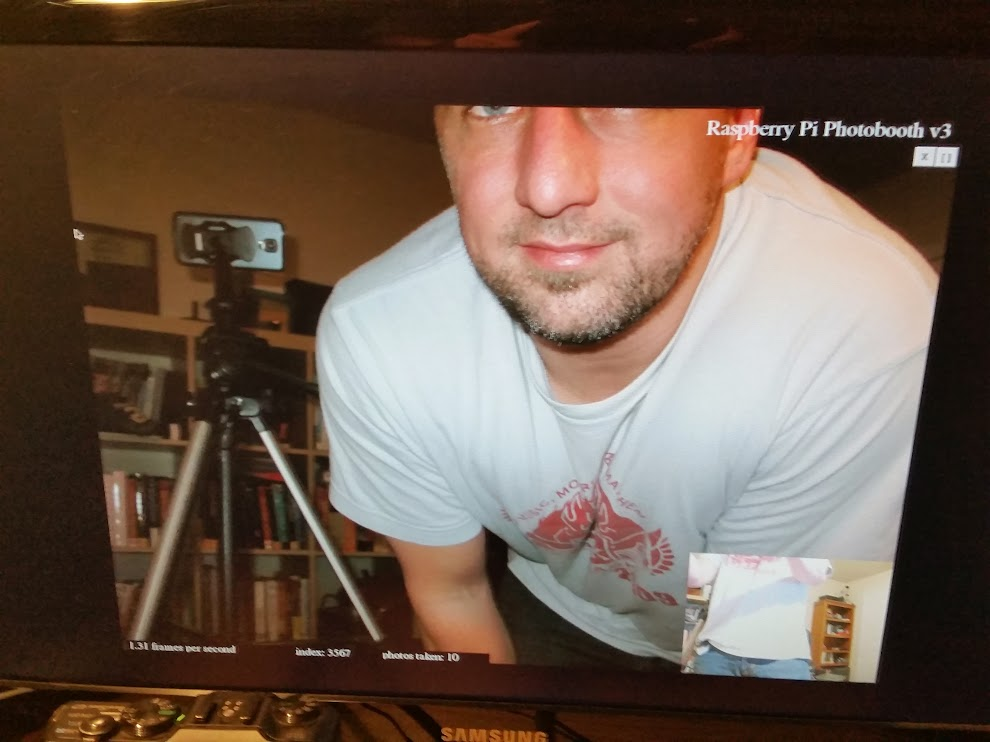 The Raspberry Pi High Definition Photobooth | ContractorWolf com