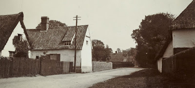 """West and East views of High Street in 1915. This (left) is called Hacker's cottage, the entrance to The Terrace is near it on thiks side. Elm Cottage is the next building. Beyond it is Maltern Close and the Kind William (pub)."" From A Record of Shelford Parva by Fanny Wale P22"