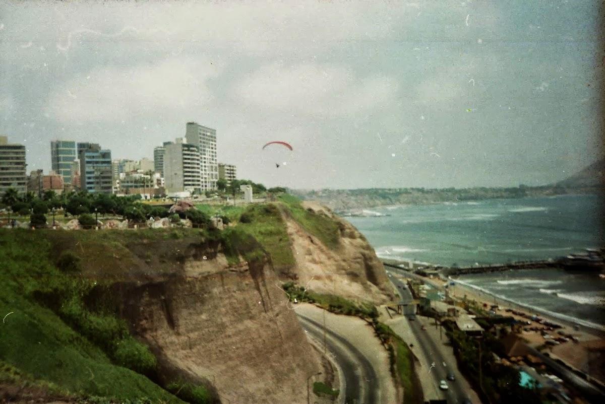 Gleitschirmfliegen in Lima Miraflores