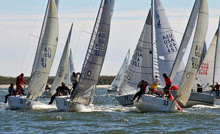 J/24 sailboats- sailing around mark at Midwinter regatta