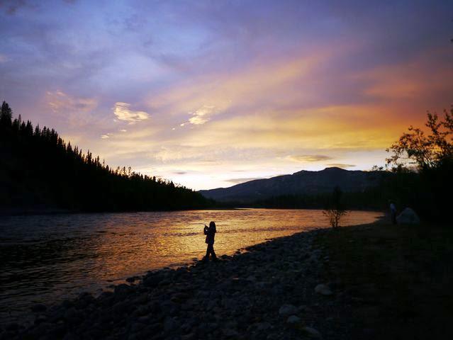 達人帶路環遊世界-育空河日落