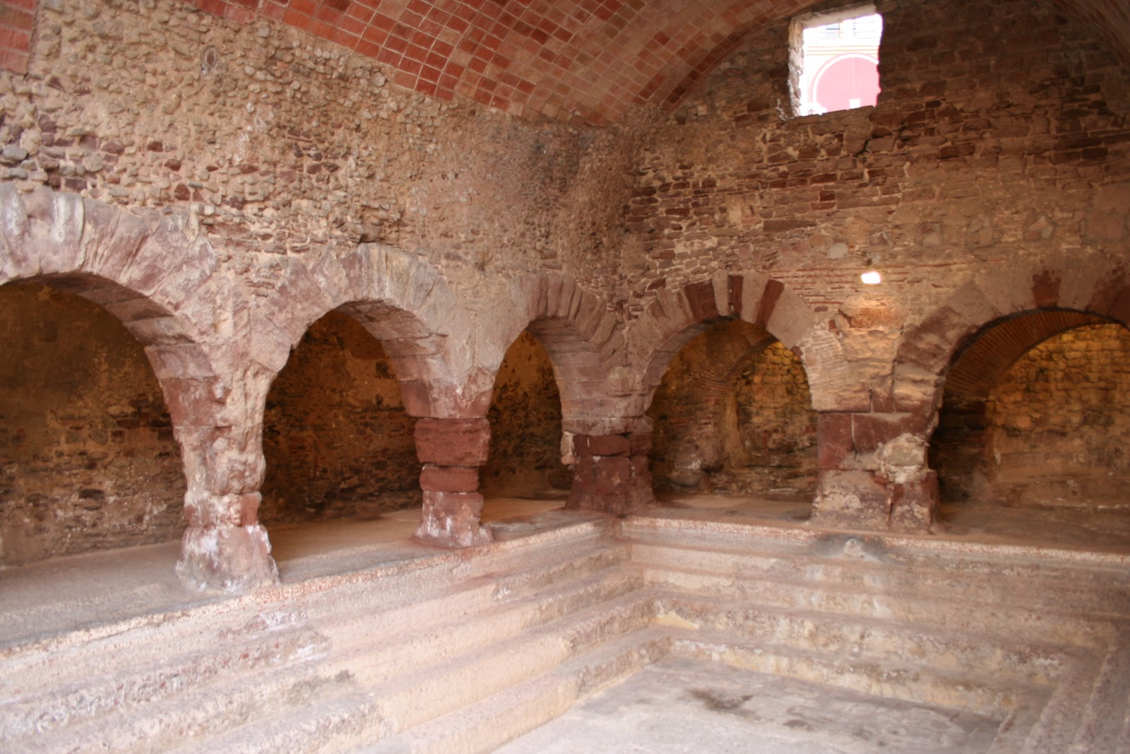Baños Romanos Merida:Antiguas Culturas Clasicas: Termas Romanas
