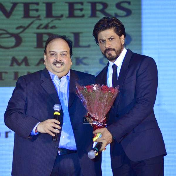 Shah Rukh Khan with Mehul Choksi during the launch of Leading Jewellers of the world presents Ticket to Bollywood by Gitanjali Gems Pvt Ltd in Mumbai. (Pic: Viral Bhayani)