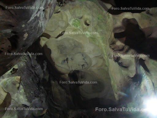 La cueva de las calaveras, Benidoleig, Alicante DSC05884