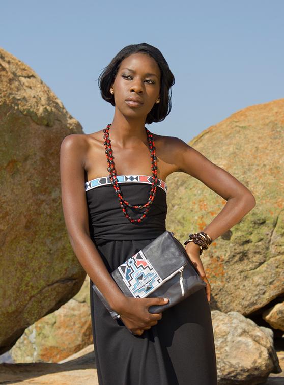 Nicole Hayley Moda Complementos Zimbabwe Sudáfrica África