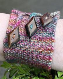 Provocare tricotat nr. 2 - Cadou de Mos Craciun Tut-%2520prettytwistedALT2