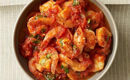 Γαρίδες με Σάλτσα Ντομάτας,Shrimp with Tomato Sauce.