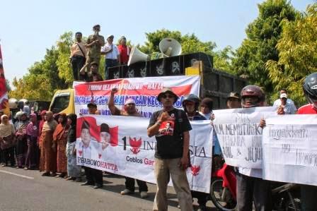 berita demo relawan Prabowo Hatta tentang putusan MK