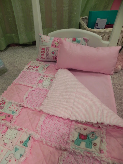 Shady Tree Diary Doll Bed Rag Quilt