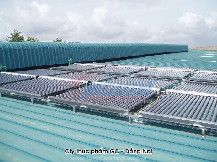 Hệ thống máy nước nóng năng lượng mặt trời Megasun tại Công ty Thực phẩm GC, KCN Giang Điền, Đồng Nai