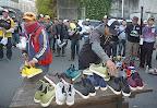 選手全員にネイティブ様靴贈呈3 2012-11-26T03:07:11.000Z