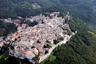 LE RADIO AD ARCEVIA (ANCONA) - L\'ITALIA IN DIGITALE - LA TV ...