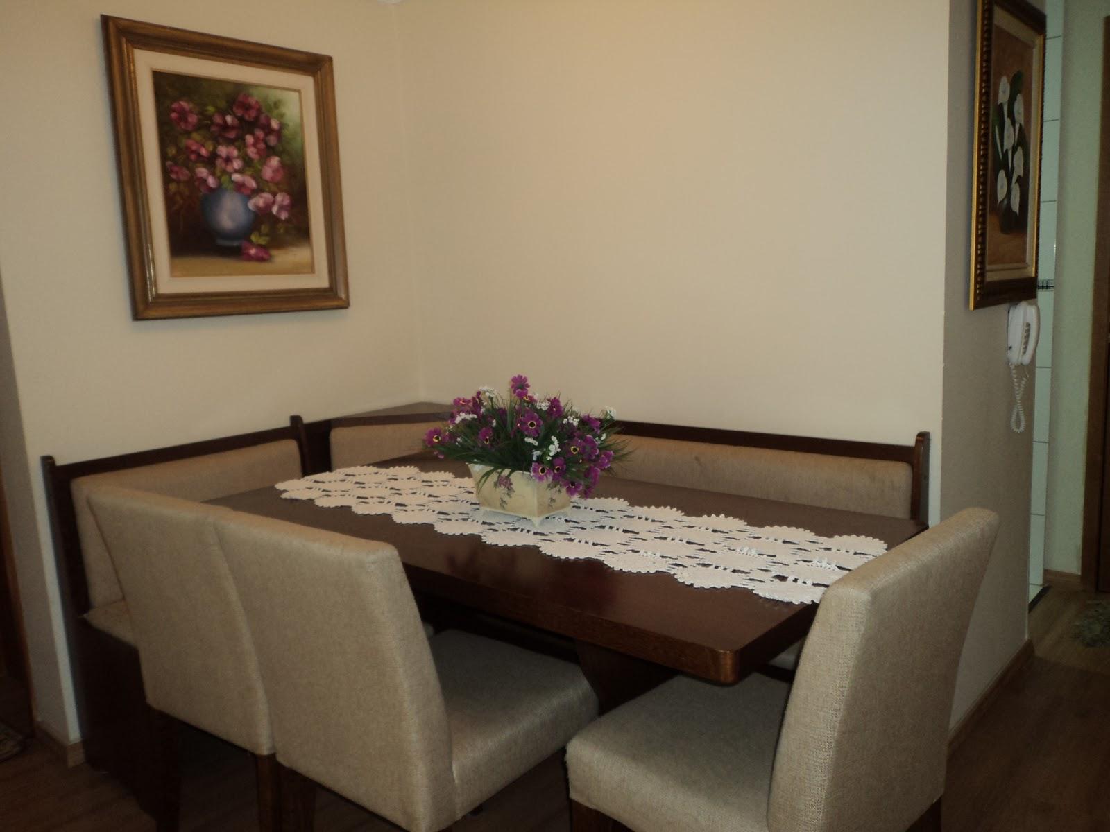 Salas De Jantar Pequenas Com Papel De Parede Pendente Para Sala  -> Sala De Jantar Pequena Com Espelho Na Parede