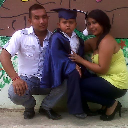 Ana Espinoza Photo 36