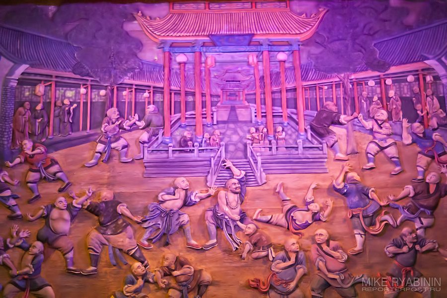 Красный Театр, Китай.