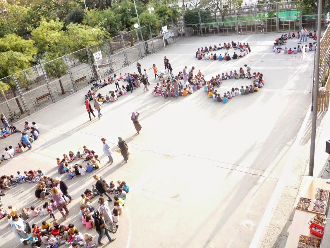 Anar a l'àlbum de fotos de l'Escola Pere Vila