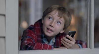 El iPhone 4S explicado en tres nuevos anuncios publicitarios: Siri, iCloud y la cámara