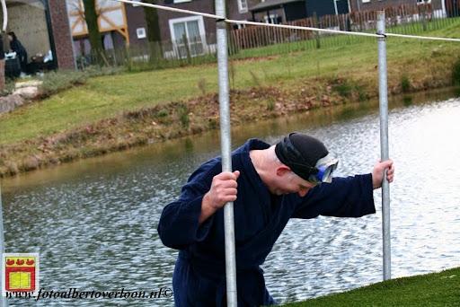 oudejaarsduik.Golfbaan overloon 30-12-2012 (57).JPG