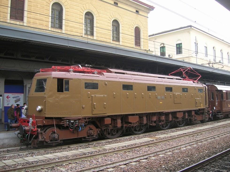 La E.428.202 a Bologna