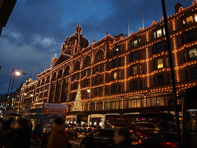 harrods London christmas lights