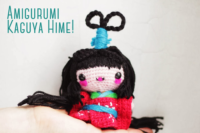 Amigurumi free pattern Kokeshi - Kaguya Hime Doll  Easy to follow with pictures.Learn how to follow intermediate, amigurumi patterns How to add and stylize yarn hair, how to make a crocheted dress and add details in felt.