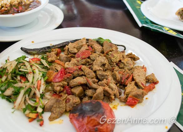 Aşina restoran'da yediğimiz kara kavurma, Gaziantep