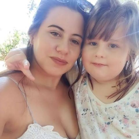 Tania Rodrigues Photo 12