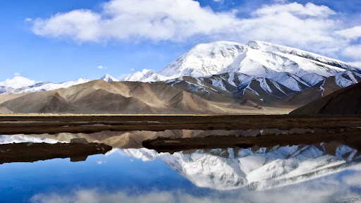 Xinjiang Uygur Autonomous Region, China.jpg