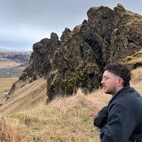 Connor Wells's avatar