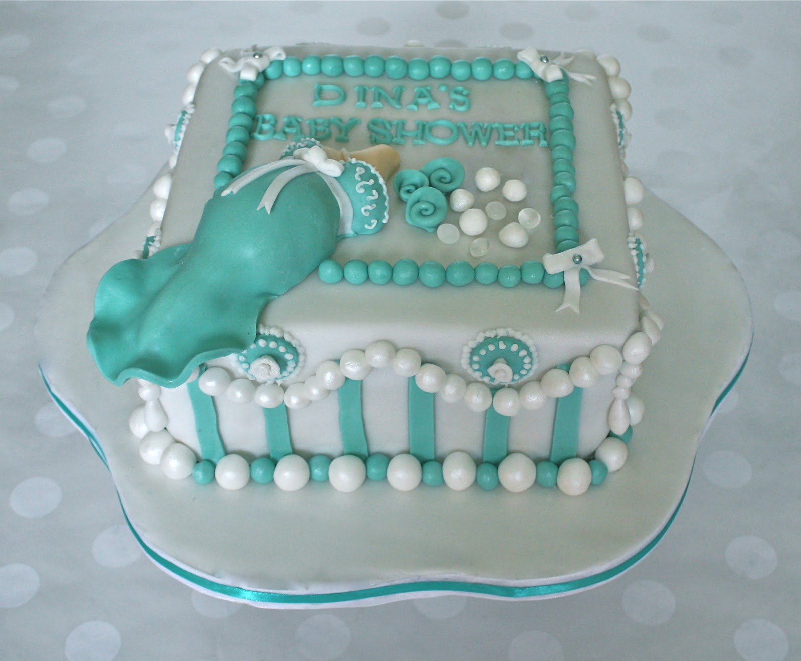 tiffany pearl and diamonds baby shower cake