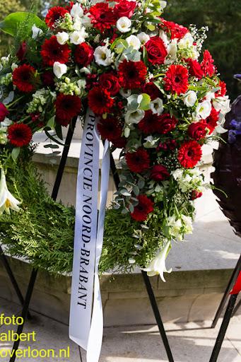 herdenkingsdienst  en een stille tocht naar het Engelse kerkhof 12-10-2014 (97).jpg