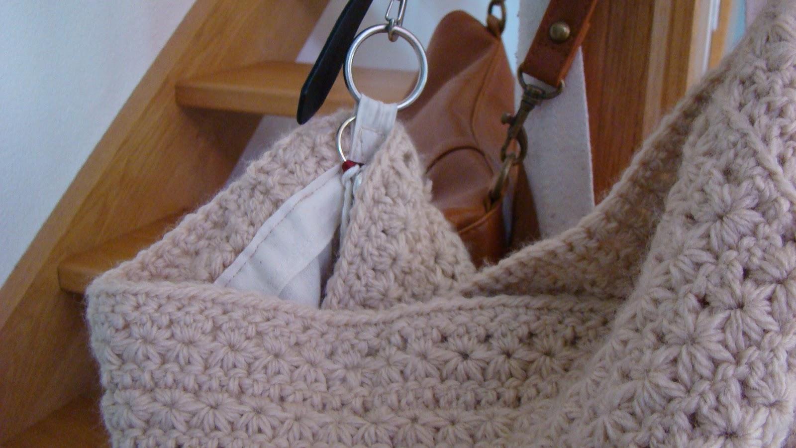Roving Around Crafts: hand made Star Crochet bag