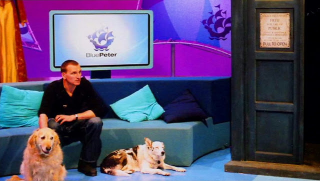 Christopher Eccleston and some dogs