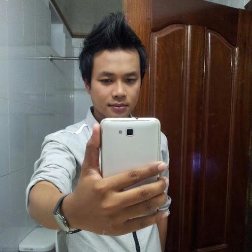 Dina Seng Photo 5