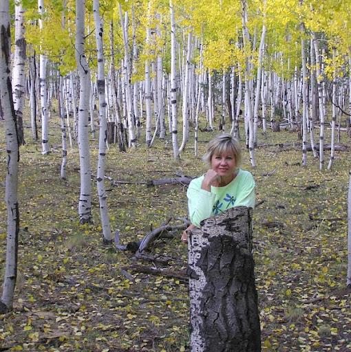 Leslie Grady Photo 10
