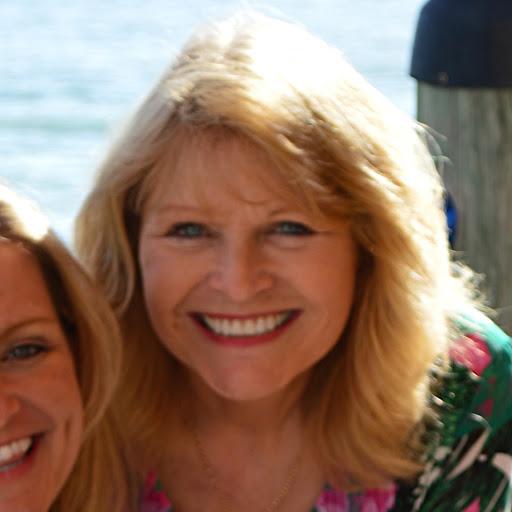 Donna Van Photo 10