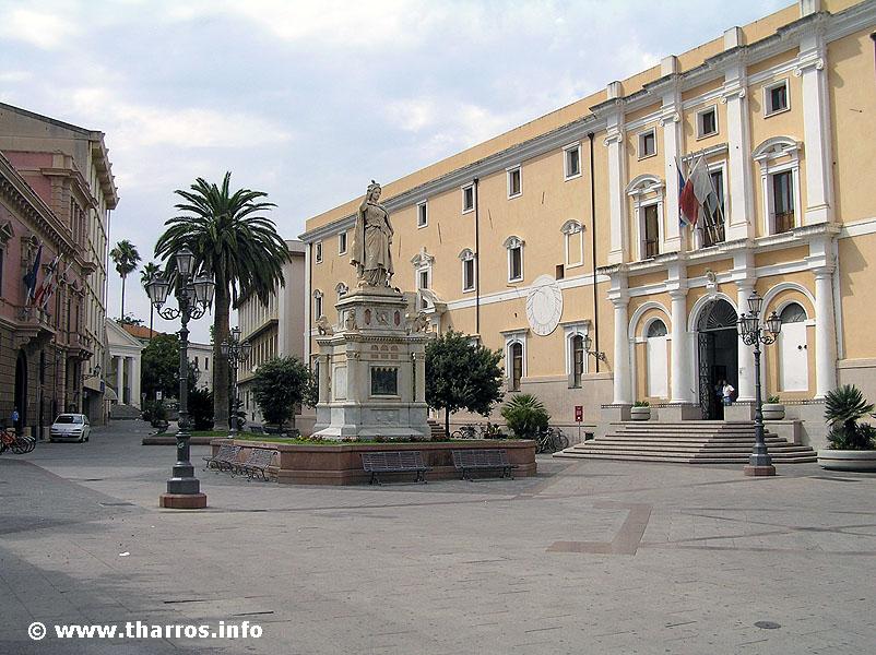 Quanti abitanti ci sono a oristano censimento della for Quanti senatori ci sono in italia
