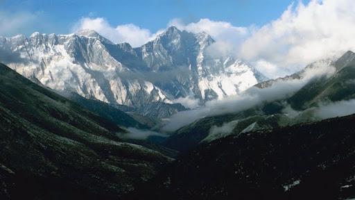 View of the Himalayas, Nepal.jpg