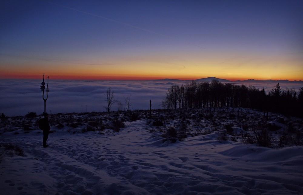 Wschód słońca na Magurze