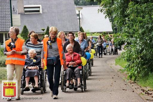 Rolstoel driedaagse 28-06-2012 overloon dag 2 (10).JPG