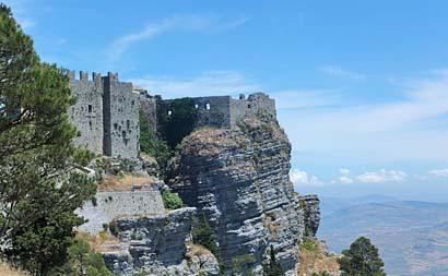 Sizilien - Die normannische Burg auf dem Felsen von Erice