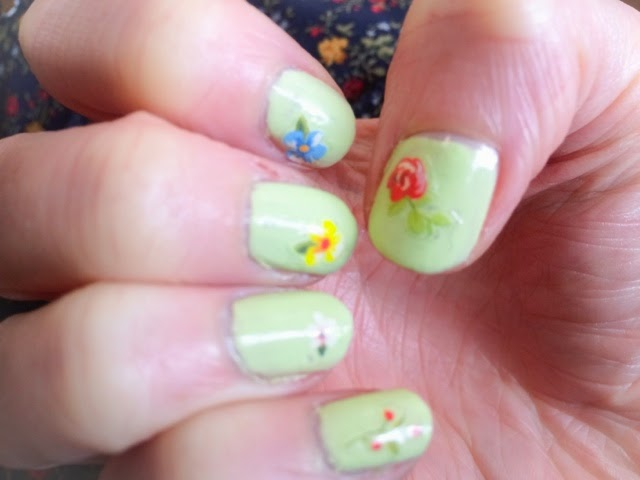 Models-Own-Sticky-Fingers-Pastel-Petals-Green-Green-Gladiola