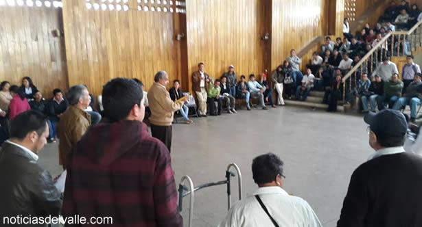 Coordinan entrega de papelería y mobiliario en comunidades que tendran centros de votación