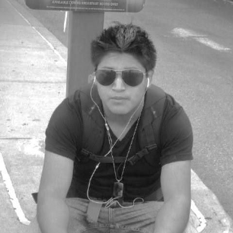 Carlos Quizhpi Photo 12