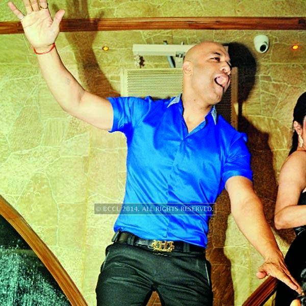 Honey Katiyal enjoying at his 36th birthday party held in Delhi.