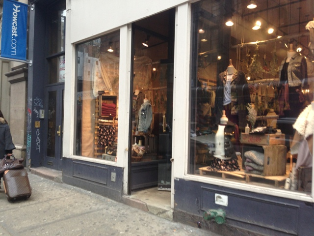 The Brandy Melville warehouse sale is back - this time in Brooklyn from Friday through Sunday, with everything priced just $5, $10 or $15! Note that payment will be .