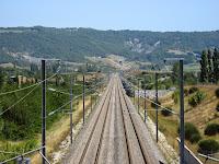 Vue sur le col et le tunnel de Tartaiguille depuis la plaine