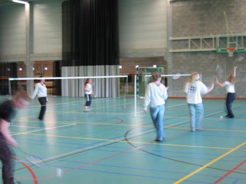 De KLJ meisjes van Strijland zijn goed vertegenwoordigd.