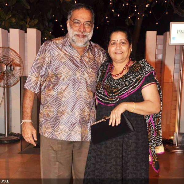 Kader Khan Wife Vitthal kamat seen with wifeKader Khan Wife