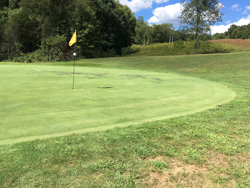Golf Course «Hocking Hills Golf Club», reviews and photos, 14405 Country Club Ln, Logan, OH 43138, USA